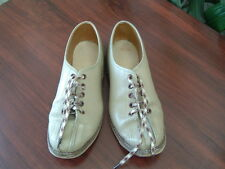 Woman's Vintage leather bowling shoes beige size 5