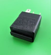 08-Vauxhall Opel (98-10) 4-Pin Multi Use Black Relay GM 24435922 12V 20A 702.20