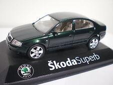 Skoda Superb Vert Abrex 1/43