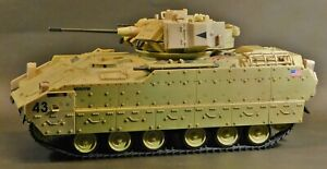 UNIMAX 2007 Forces of Valor Bravo US M3A2 Bradley Infantry Fighting Vehicle