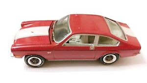 Johnny Lightning Chevy Thunder R7 1973 Chevrolet Vega