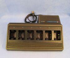 Motorola NTN5196A  6 bay Radio Battery Charger Station