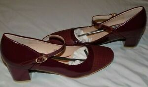 Robasiom Ladies Burgundy Patent Leather Mary Jane Shoes~ size 40/9 ~ NWOB