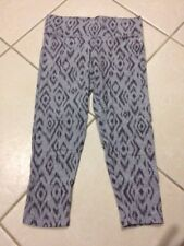 VICTORIA'S SECRET Grey Ikat CAPRI S Ladies Clothes CROP LEGGINGS Wide Waistband