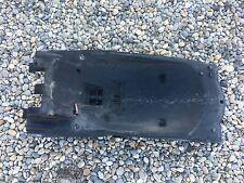 UN PASSAGE DE ROUE ARRIERE CARENAGE HONDA 600 CBF CB-F CB600F CBF 2006 ABS