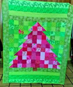 "Christmas Tree Lap Quilt Handmade Pieced Wall Hanging 46x59"" NEW"