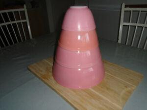 vintage pink pyrex mixing bowls
