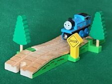 THOMAS & FRIENDS WOODEN RAILWAY TREES ON THE TRACK for BRIO TRAIN ENGINE SET