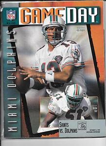 Miami Dolphins Oct 15 1995 VS Saints Game Day Magzine Dan Marino on cover
