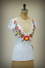 JOHNNY WAS Size XS/S Top Embroidered Love Flower Heart Deep Neckline