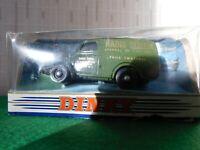 DINKY Die Cast 1948 Commer 8 CWT Van