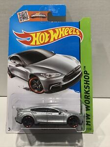 New! 2015 Hot Wheels TESLA MODEL S #217 silver;red pr5 Garage VHTF