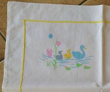 1 Drap Bébé en Coton Décor imprimé de Canards et sa Taie