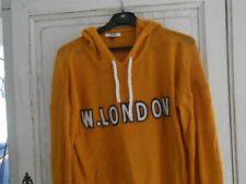 Nouvelle annonce pull jaune moutarde, inscription sur le devant, capuche, T.B.E.
