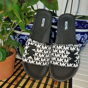 MICHAEL KORS BLACK/WHITE LOGO PRINT SLIP ON SANDALS/SLIDES Women's Size 9 NEW