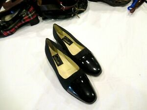 Pappagallo black fabric heels shoes pumps with bows, sz. 8M