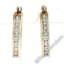 Orecchini con diamanti di colore fantasia VS2