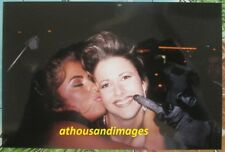 Real Photo/Sexy Woman Getting Tight Hug & Kiss On Cheek In Back of Limo V172