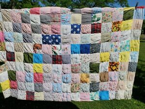"""Vintage Hand Made & Hand Stitched 1930s Quilt 42"""" x 68"""" Cutter"""
