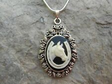 HORSE AND HORSESHOE CAMEO NECKLACE - LUCKY - RACETRACK - EQUINE - RANCH - FARM