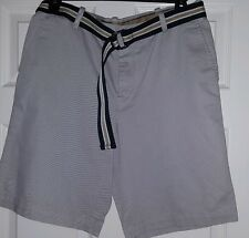 IZOD authentic brand mens shorts w/belt NWT size 34 low price..see pictures.nice
