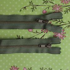 10 x 18cm SAGE GREEN METAL TOOTH YKK ZIP ZIPPER (#128)