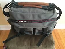 Tarmac Classic Camera Bag - photo accessories