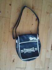 Lonsdale London Messenger Bag, blue in colour, on sale.. Send me your offer..