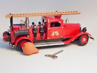 19034 Marklin Fire Brigade Water Pumper truck, wind-up clockwork motor
