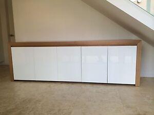 THB-005 Tassie Oak High Gloss Polyurethane Buffet Sideboard