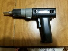 VINTAGE BLACK AND DECKER CORDLESS DRILL/SCREWDRIVER