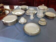 Service de Table platine en Porcelaine Fine de Bavière