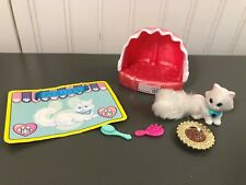Vintage Kenner Littlest Pet Shop White Persian Cat In Clamshell Bed