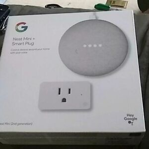 Google Nest Mini (2nd Generation) w/ Smart Plug - Chalk/Black