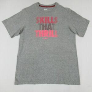 NIKE SKILLS THAT THRILL PINK LETTERS - GRAY XL YOUTH T-SHIRT B1864