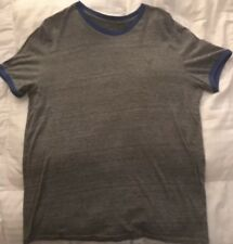 AMERICAN EAGLE AE MEN'S T-SHIRT --- LARGE