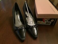 NEW Bandolino Jingle zf grey and black heel dress shoes 11