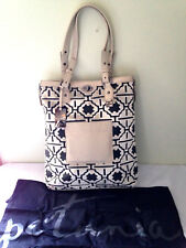 NWT Petunia Pickle Bottom Fresco Troubadour Expandable Tote Shoulder Bag $340