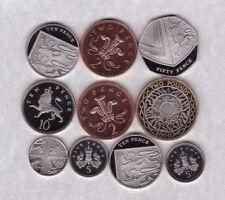 Dieci Loose Misto base in metallo a prova di monete DATATO 2000 a 2012 in ottime condizioni