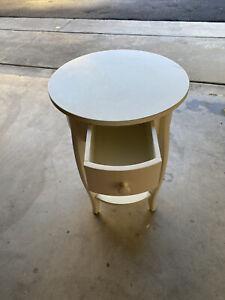 SINGLE DRAWER CIRCULAR BEDSIDE TABLE