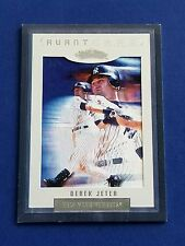Derek Jeter - 2002 Fleer Showcase Avant Card