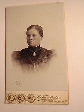 Hildesheim - 1900 - junge Frau im Kleid - Portrait / CDV
