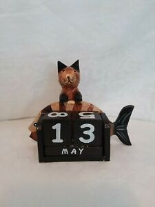 Wooden perpetual calendar, kitten and fish motif, decorative, handmade