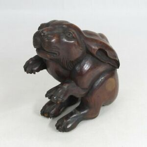 D1977: Japanese old wood carving statue of rabbit with very good taste and work