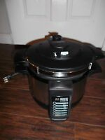 FARBERWARE 4-Quart Programmable Pressure Cooker Model FPC400 ~In Great Condition