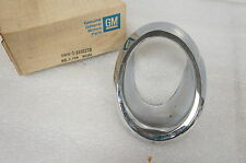 NOS New GM 3892226 Bezel Exhaust Tip Right 66-67 Corvette