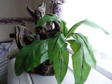 Exo Terra Tiki Totem terrarium ornament + artificial leaves, 28 cm high