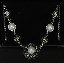 Avon Vintage Style Pearlesque Necklace