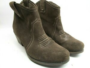 Clark Suede Leather Ankle Booties Pull On Womens Size US 7.5