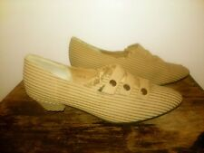 Vtg Matake Japan 3 Button Pointed Toe Classic Heels Women's 6 Textured Stripes